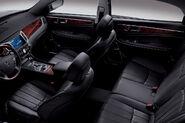 2011-Hyundai-Equus-25