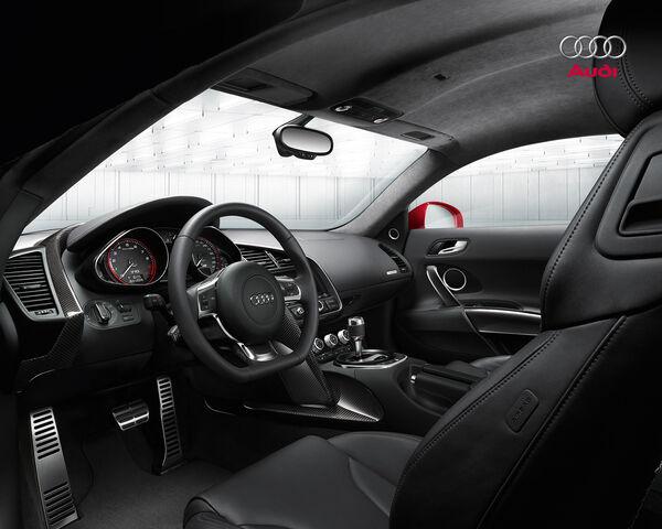 File:Audi-R8-V10-FSI-3.jpg