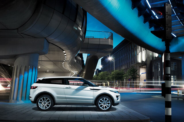 File:New-Range-Rover-Evoque-23.jpg