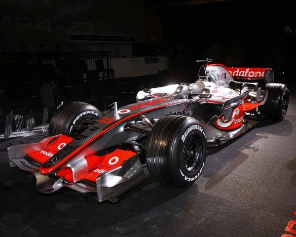 File:McLaren MP4-23 1.jpg