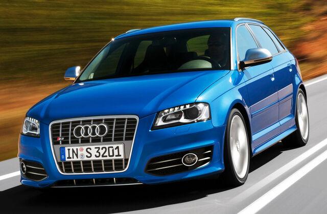 File:Audi-S3-Sportback-S-Tronic.jpg