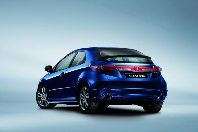 File:2011-Honda-Civic-5d-188.JPG