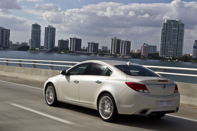 File:2012-buick-regal-gs-014.jpg
