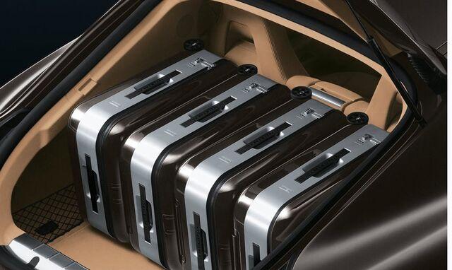 File:Porsche-Panamera-18.jpg