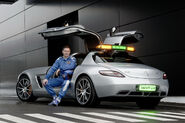 Mercedes-SLS-AMG-Gullwing-Safety-Car-11