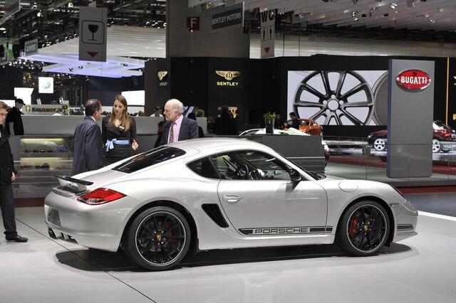 File:Porsche-cayman-r-16.jpg