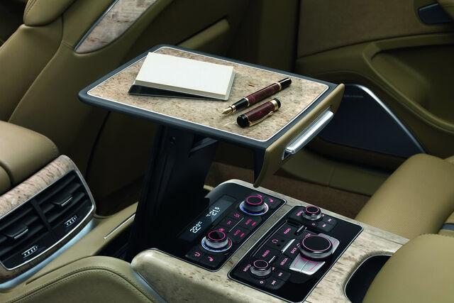 File:2011-Audi-A8-L-W12-33.jpg