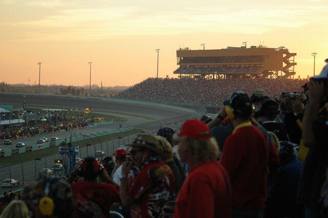 File:Homestead Miami Speedway.jpg
