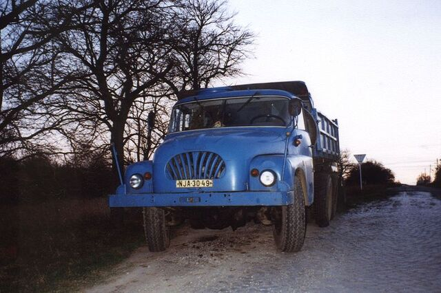 File:Tatra 138.jpg