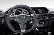 2011-Mercedes-E63-AMG-4