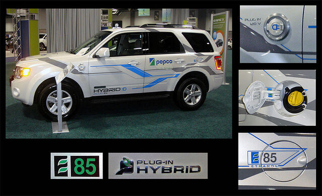File:Ford Escape E85 Flex Plug-in Hybrid views and badging WAS 2010.jpg