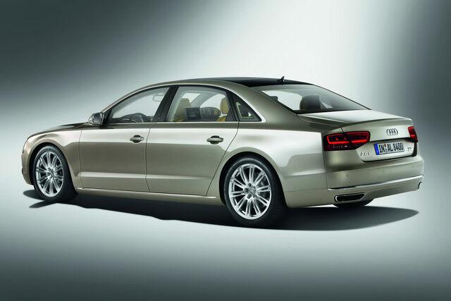 File:2011-Audi-A8-L-W12-47.jpg