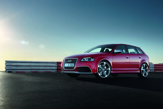 File:Audi-RS3-Sportback-20.jpg