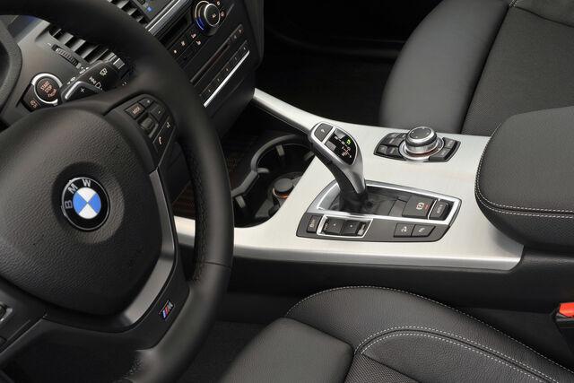 File:2011-BMW-X3-M-Sports-12.jpg
