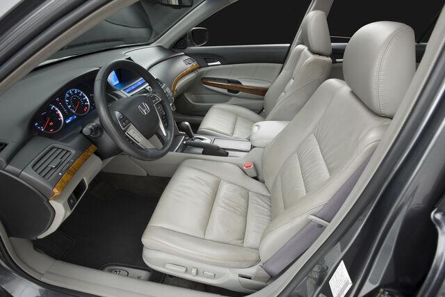 File:2011-Honda-Accord-Sedan-6.jpg