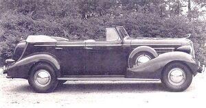 1936CadillacSeries-70-V8-4-doorConvertible-may10