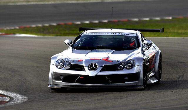 File:Mercedes McLaren SLR 722 GT 003.jpg