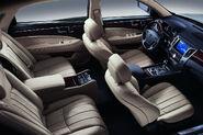 2011-Hyundai-Equus-26