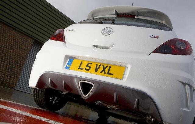 File:Vauxhall-VXR-Arctic-2.jpg