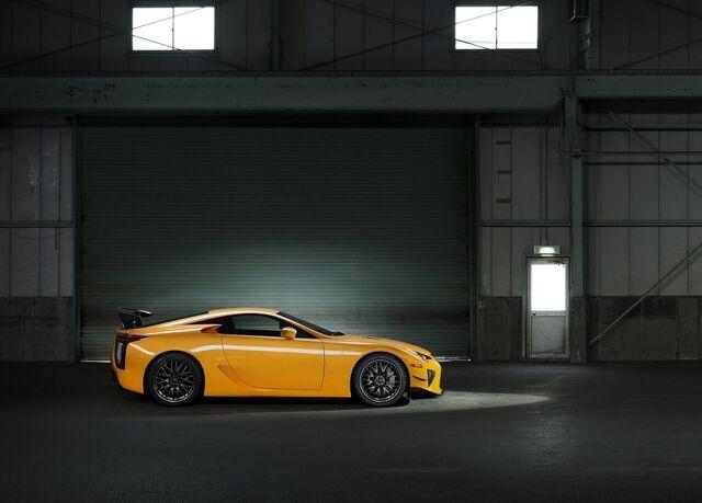 File:Lexus-lfa nurburgring package 2012 05.jpg