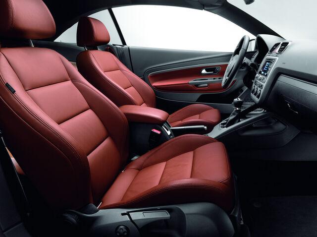 File:VW-Eos-Edition-2010-1.jpg