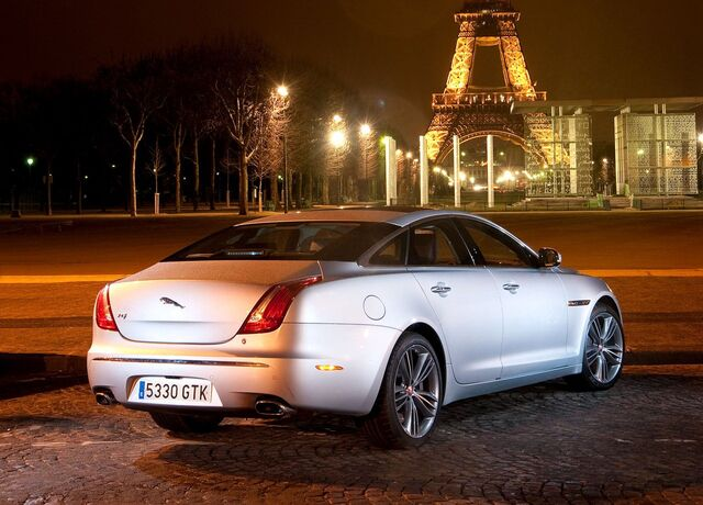 File:Jaguar-XJ 2010 1280x960 wallpaper 24.jpg