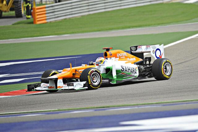 File:Paul di Resta 2012 Bahrain.jpg