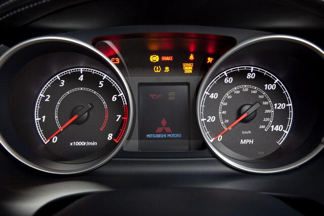 File:2010-Mitsubishi-Outlander-GT-24.jpg