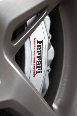 File:Ferrari-458 Italia 2011 1600x1200 wallpaper fa.jpg