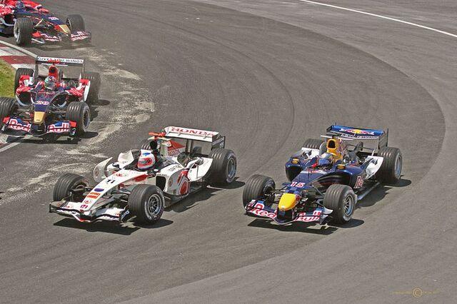 File:Barrichello and Klien overtake Canada 2006.jpg