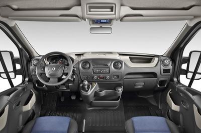 File:2011 Renault Master 17small.jpg