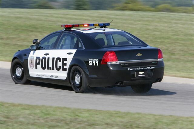File:2011-Chevrolet-Caprice-Police-Car-news.jpg