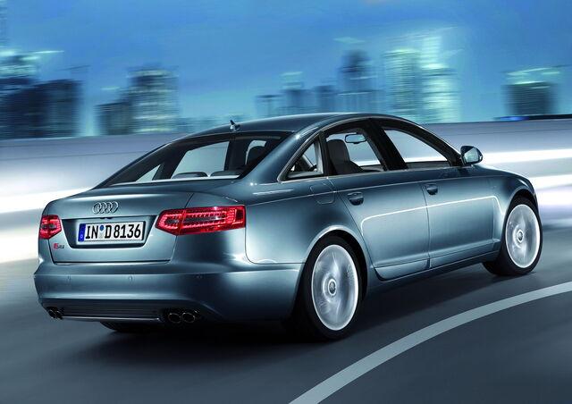 File:Audi-S6-2.jpg