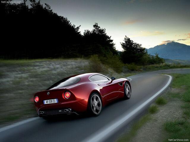 File:Alfa Romeo-8c Competizione-2007-800-07.jpg