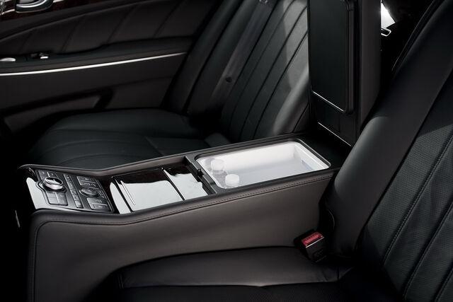 File:2011-Hyundai-Equus-55.JPG