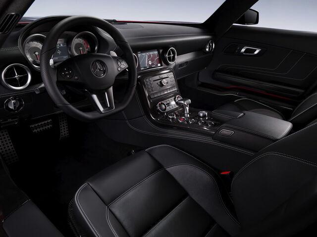 File:Sls-interior--09-1280.jpg