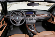 2011-BMW-3-Series-Coupe-Convertible-27