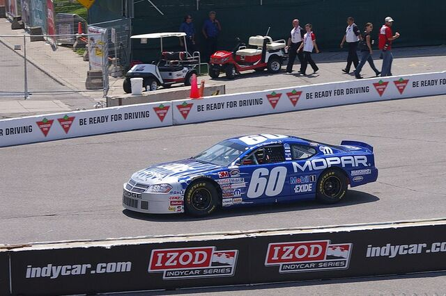 File:Ron Beauchamp Jr 60 Dodge Toronto 2010.jpg