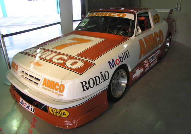File:Stock Car Brasil 1992 Chevrolet Opala Wilson Fittipaldi.jpg