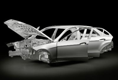 File:The Brand New Mercedes-Benz E-Klasse Limousinesmall.jpg