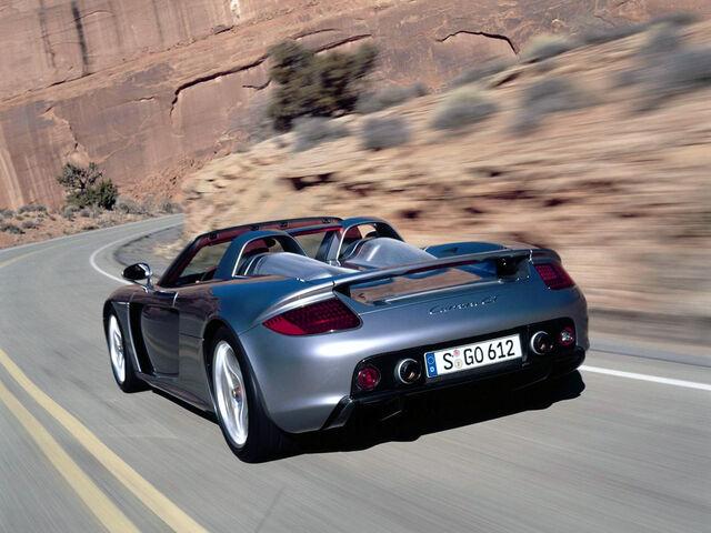 File:Porsche-carrera-gt-back-view.jpg