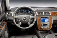 2011-Chevrolet-Silverado-32