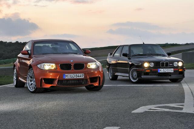 File:2011-BMW-1-Series-M-Coupe-80.jpg