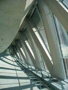 Mercedes-benz-museum-stuttgart-streben-2006