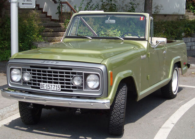 File:Jeep Commando C-104.jpg