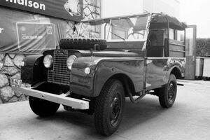 Land-Rover-Rama27
