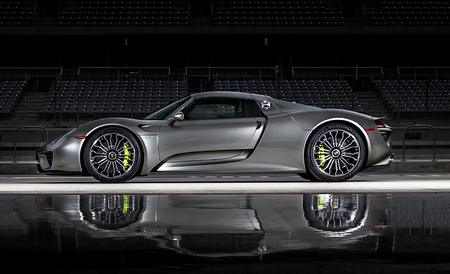 File:The-2015-porsche-918-spyder-is-the-quickest-road-car-in-the-world-feature-car-and-driver-photo-609698-s-450x274.jpg