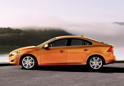 2011-Volvo-S60-Sedan-23small