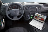Opel-Vauxhall-Movano-10