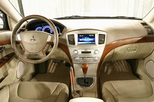 File:Mitsubishi galant grunder 05nt.jpg